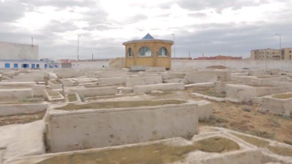 אוהל הקבר של רבי חיים פינטו ()