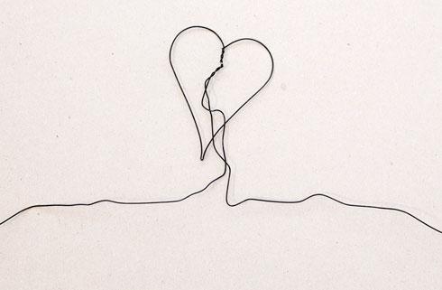 מתי סיפור אהבה  נגמר, ומתי הוא מתחיל? אחד הלבבות של יעקב קאופמן (צילום: הדר סייפן)