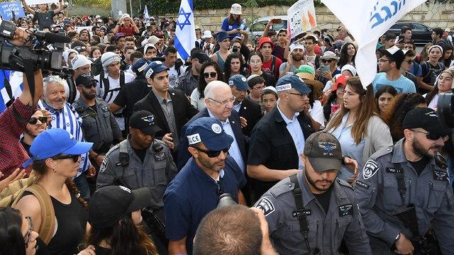 Президент Ривлин в колонне молодежного марша. Фото: Хаим Цах/GPO