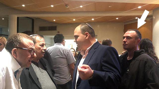 צבירה ברוט מועמד לראשות עיריית בת ים אבטחה ()