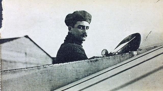 רולאן גרוס. טייס פורץ דרך, שנהרג לקראת סוף המלחמה (צילום: מתוך ויקיפדיה)