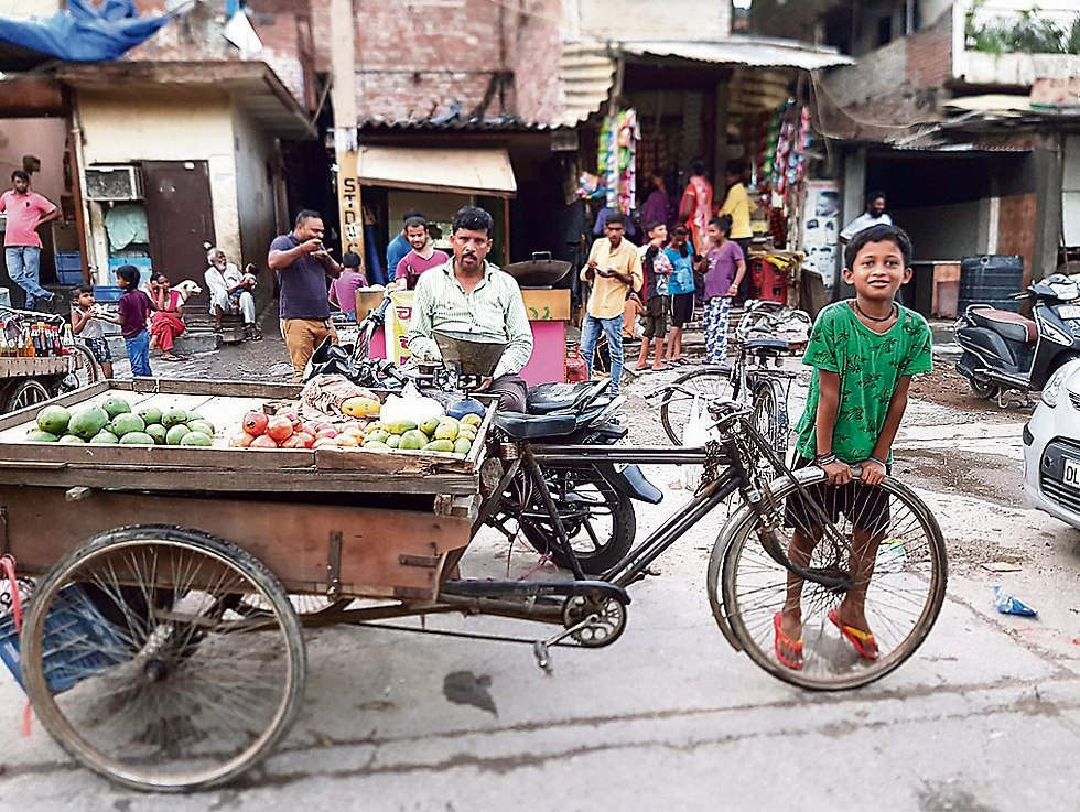 The streets on Delhi (Photo: Lior Ben-Ami)