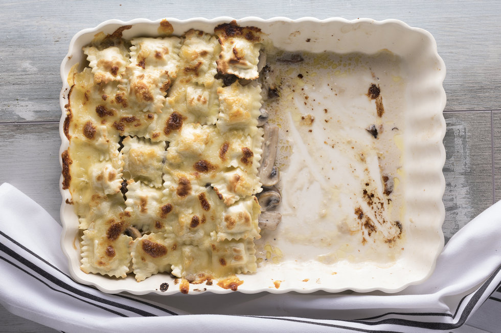 לזניה פטריות עם רביולי גבינות (צילום: דניאל לילה, סגנון: נעה קנריק)