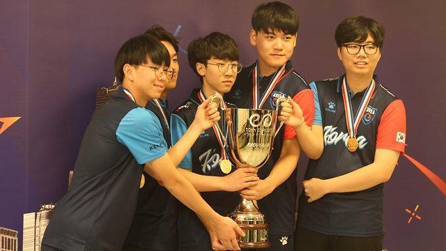 נבחרת דרום קוריאה (צילום: אביתר כהן)