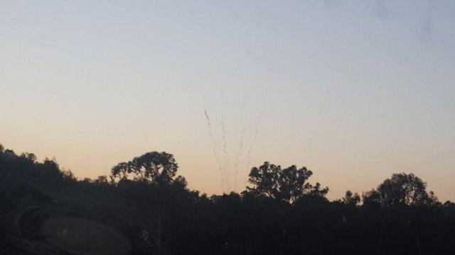 ירי רקטות מ עזה לישראל ()
