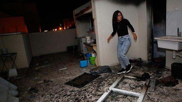 בית באשקלון שנפגע מרקטה (צילום: AFP)