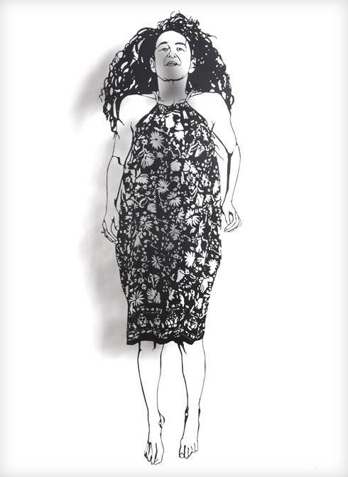 בתערוכה Out of Line: דמויות שאיירה רונית בכר בתנועה ואותן חתכה בלוחות מתכת דקים (איור: רונית בכר, צילום: אבי ולדמן)