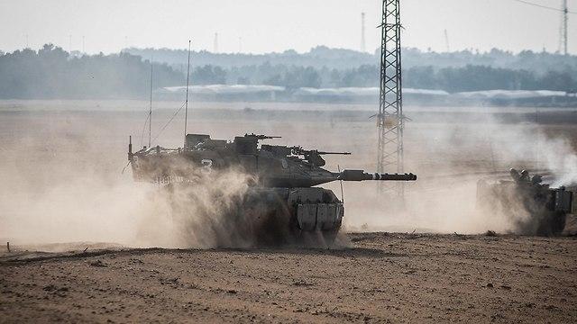 IDF tanks along the Gaza border  (Photo: MCT)
