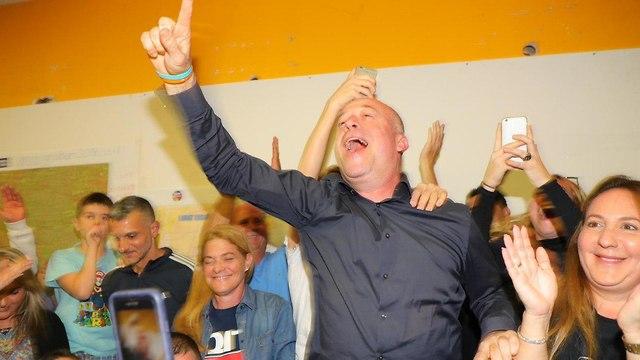 מטה אבי גרובר רמת השרון חגיגות בחירות מקומיות ראשות עירייה  (צילום: דנה קופל)