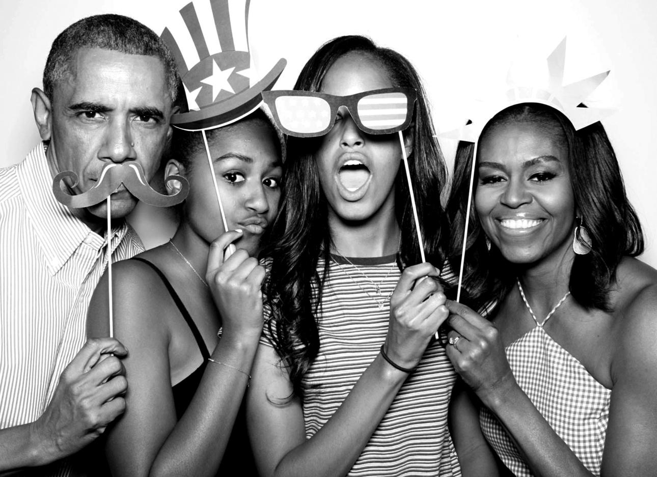 משפחת אובמה בחגיגות יום העצמאות האמריקאי, שהוא גם יום ההולדת של מליה