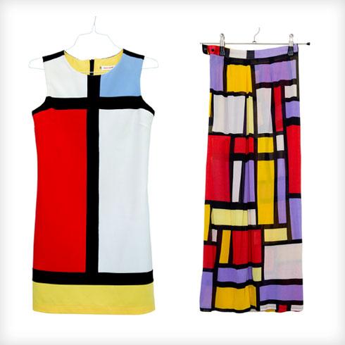 """שמלה וחצאית. """"אני מאוד אוהבת את העבודות של הצייר פיט מונדריאן, כי האסתטיקה שלו מגלמת את הטעם שלי: צבעוניות חזקה, ניגודיות, קווים גיאומטריים. את השמלה מצאתי בחנות וינטג' בפריז ואת החצאית תפרתי לאחר שרכשתי בד בשוק פשפשים. יש לי בארון עוד מספר פריטים בדוגמא זו"""" (צילום: ענבל מרמרי)"""