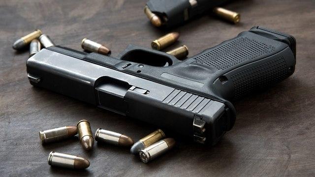 אקדח אילוסטרציה (צילום: shutterstock)