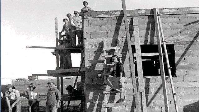 בנייה (צילום: לשכת העיתונות הממשלית )