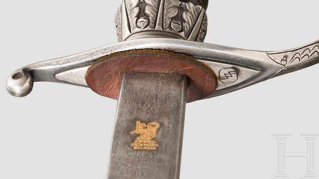 Sword given by SS commander Heinrich Himmler to the Grand Mufti of Jerusalem Haj Muhammad Amin al-Hu (Photo: HERMANN HISTORICA)