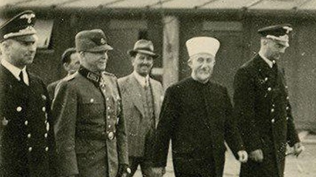 Husseini in Germany with Nazi official Heinrich Himmler (Photo: HERMANN HISTORICA)