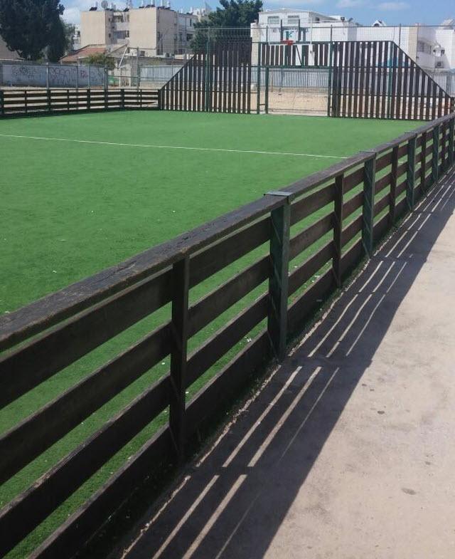 מגרש כדורגל סינתטי בשדרות (צילום: באדיבות קרן המתקנים)