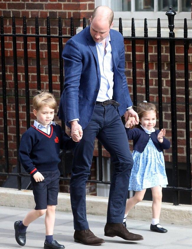 אבא במשרה מלאה. הנסיך וויליאם, הנסיכה שרלוט והנסיך ג'ורג' (צילום: Gettyimages)