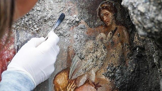 ציור קיר ארוטי בפומפיי (צילום: mct)