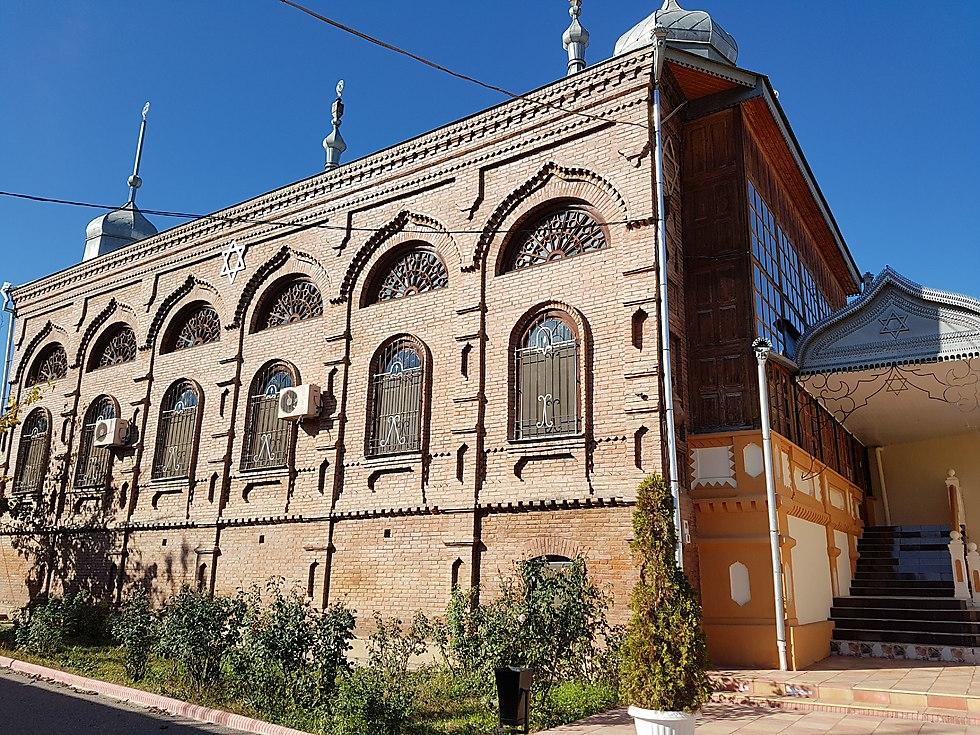 Qirmizi's grand Synagogue (Photo: Yoav Keren)