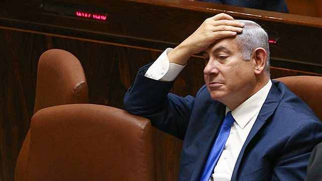 Netanyahu during a Knesset assembly (Photo: Ohad Zwigenberg)