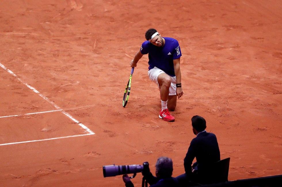 ג'ו וילפרד צונגה צרפת גביע דייויס (צילום: AP)