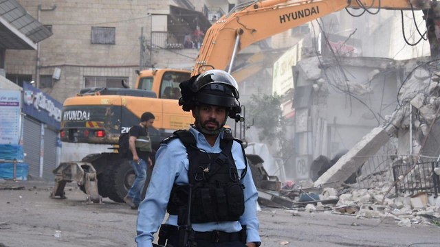Demolition of 21 structures in Shuafat refugee camp (Photo: Israel Police)