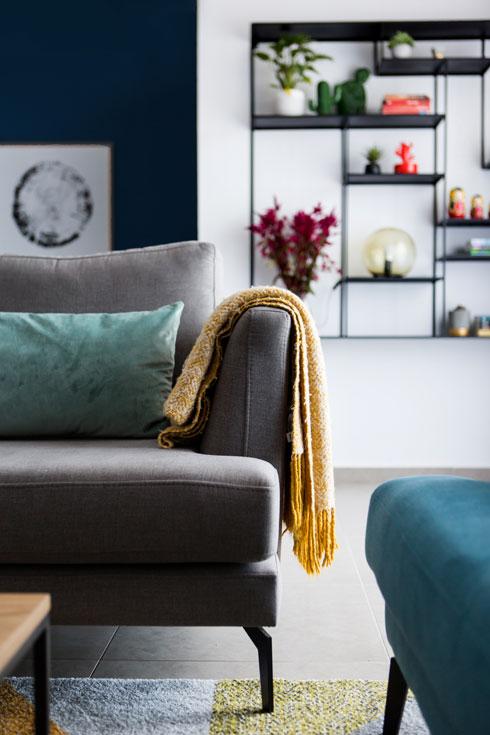 כל הרהיטים בדירה חדשים (צילום: שירן כרמל)