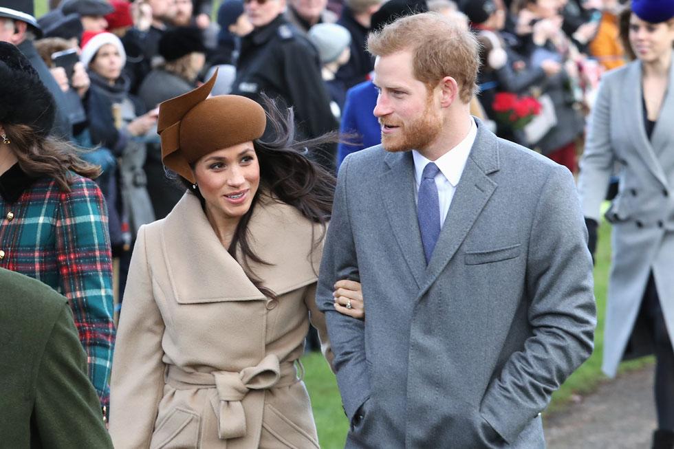 בחירת הכובעים הנכונים דרשה קצת אימון. מייגן מרקל והנסיך הארי, דצמבר 2017 (צילום: Chris Jackson/GettyimagesIL)