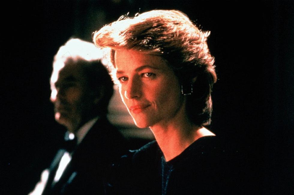"""""""כאשר אתה הופך לכוכב קולנוע, אנשים נוטים לבהות בך, ולכן אני מעדיפה לשמור על פרופיל נמוך"""". 1988 (צילום: rex/asap creative)"""