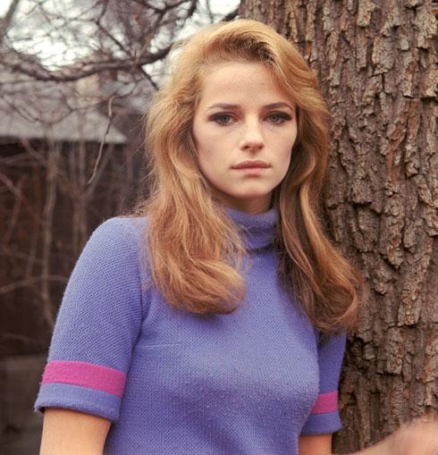 דוגמנית, זמרת, שחקנית ואייקון סטייל בלתי מעורער. 1968 (צילום: rex/asap creative)
