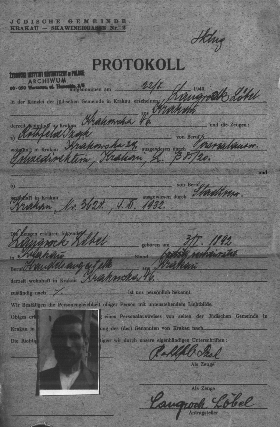 A form of ID given to Jews allowed to stay in Krakow in the first years of the occupation.