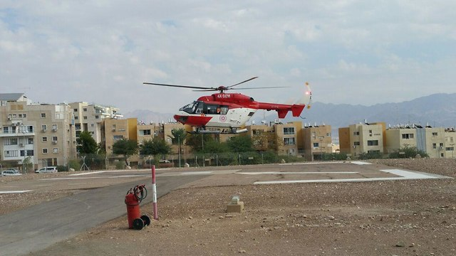 פינוי הפצועים במסוק לבית חולים סורוקה בב