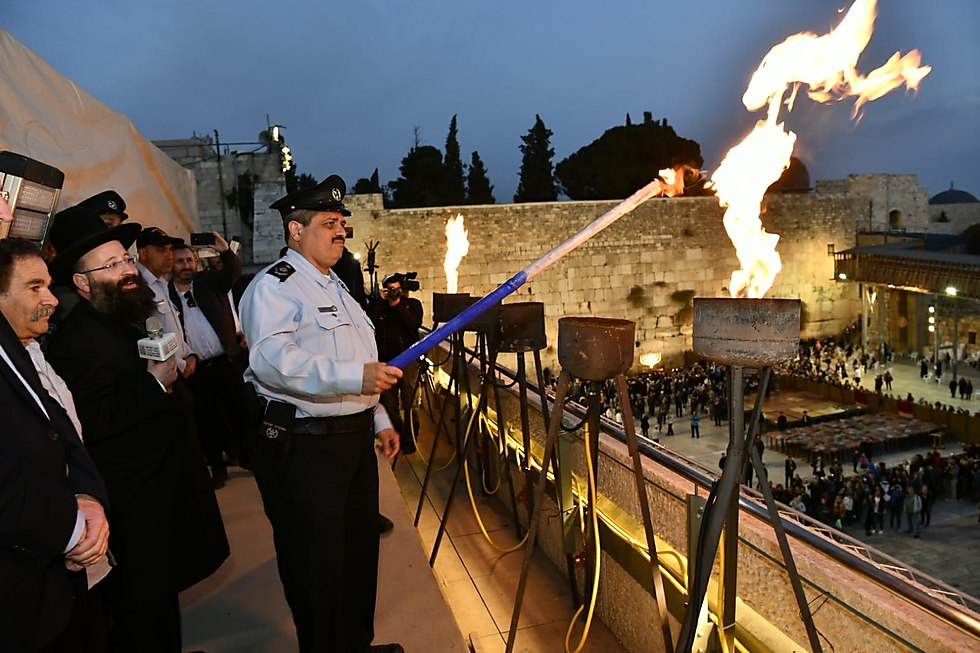 Outgoing Police Commissioner Roni Alsheikh at the Western Wall (Photo: the Western Wall Heritage Foundation)