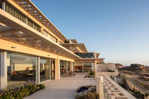 לדברי האדריכל, הדיירים לא התפשרו על השקעה בחומרי הבנייה האיכותיים ביותר (צילום: עמית גרון)