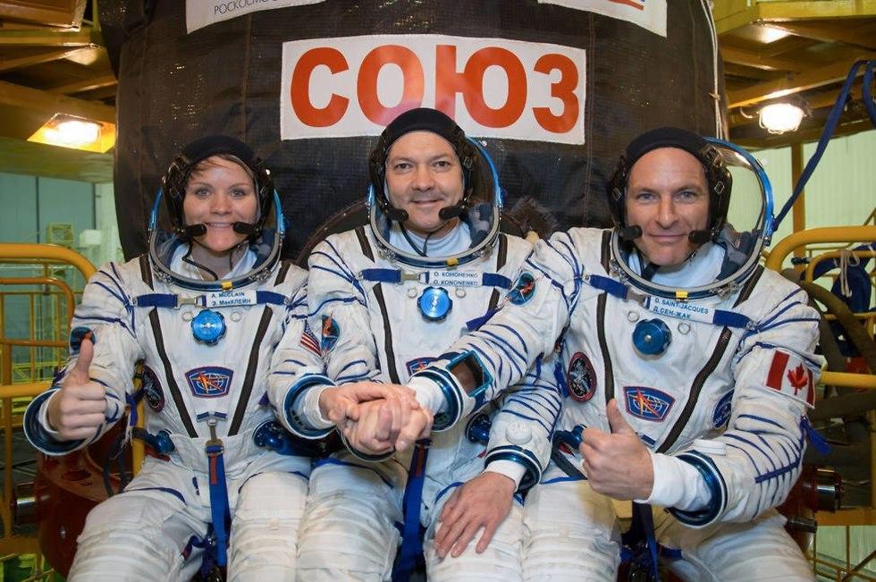 סנט-ז'אק, קונוננקוב ומק'ליין (צילום: נאס