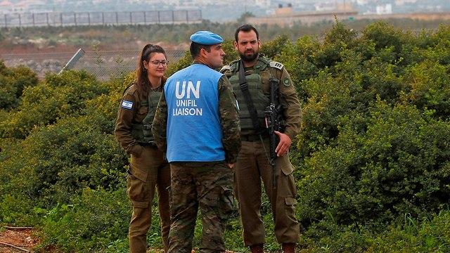 """שגרה בגבול לבנון: """"למדנו לחיות עם זה"""" 8922667099987640360no"""