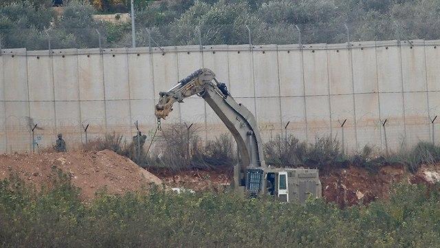 """סרטון ראשון מהמנהרה שחשף צה""""ל בצפון, חיזבאללה פרסם תמונות חיילים 892275313794399640360no"""