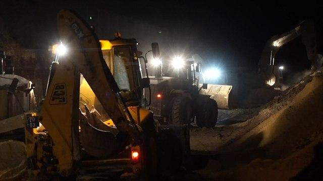 """סרטון ראשון מהמנהרה שחשף צה""""ל בצפון, חיזבאללה פרסם תמונות חיילים 892306311991699640360no"""