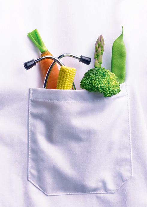 ירקות ופירות אורגניים. לא הוכח יתרון בריאותי משמעותי  (צילום: Shutterstock)