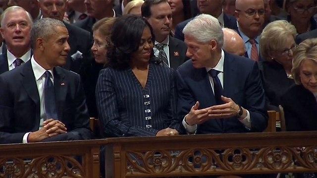 ברק אובמה, מישל אובמה, ביל קלינטון (צילום: רויטרס)
