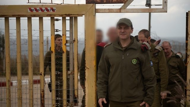 Senior IDF offcials on Israel-Lebanon border (Photo: IDF Spokesperson's Unit)