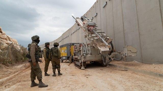 דיווח: צבא לבנון פרס טנקים ליד הגבול. סגנו של נסראללה: כל מקום בישראל חשוף לטילינו 89262060981699640360no