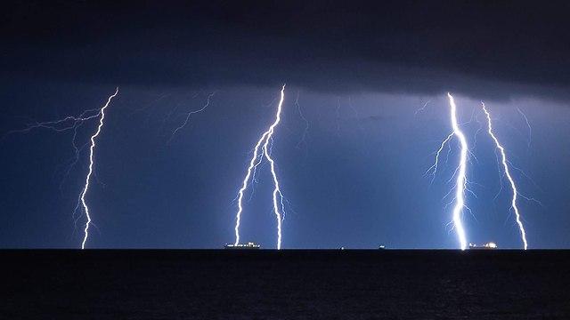 ברקים אשקלון (צילום: מקסים חנין )