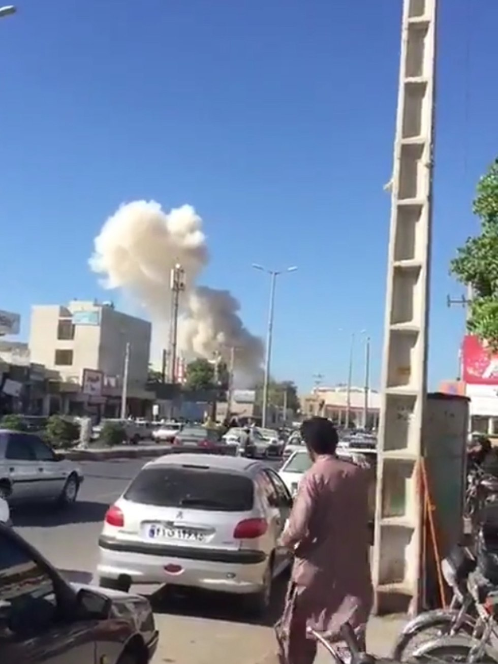 איראן: 3 הרוגים בפיגוע התאבדות בתחנת משטרה 892680409914899801307no