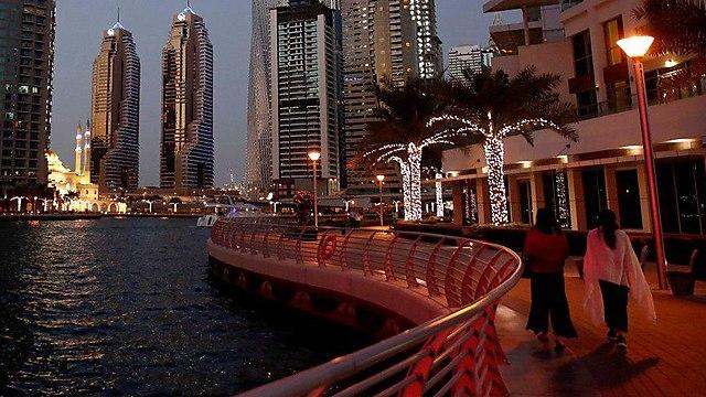 Dubai promenade (Photo: Reuters)