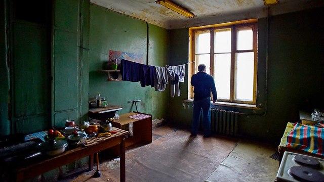 רוסיה סנט פטרבורג דירות משותפות קומונלקה (צילום: AFP)