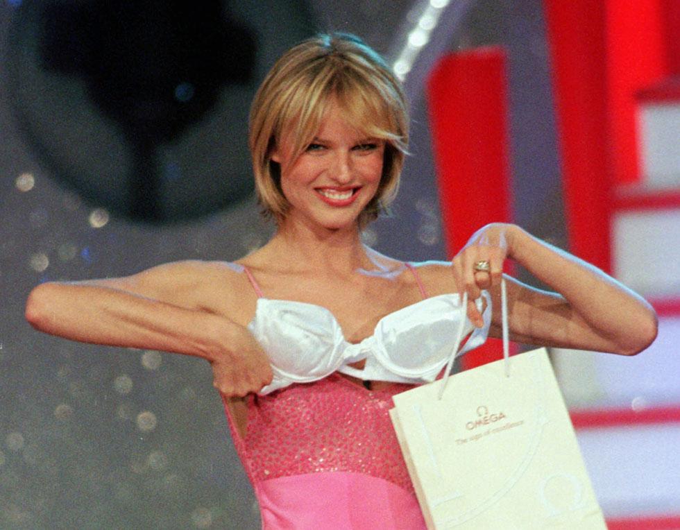 הדוגמנית שגילתה לעולם את הפוש-אפ. אווה הרציגובה, 1996 (צילום: AP)