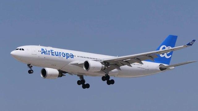 מטוס אייר אירופה (צילום: דני שדה)