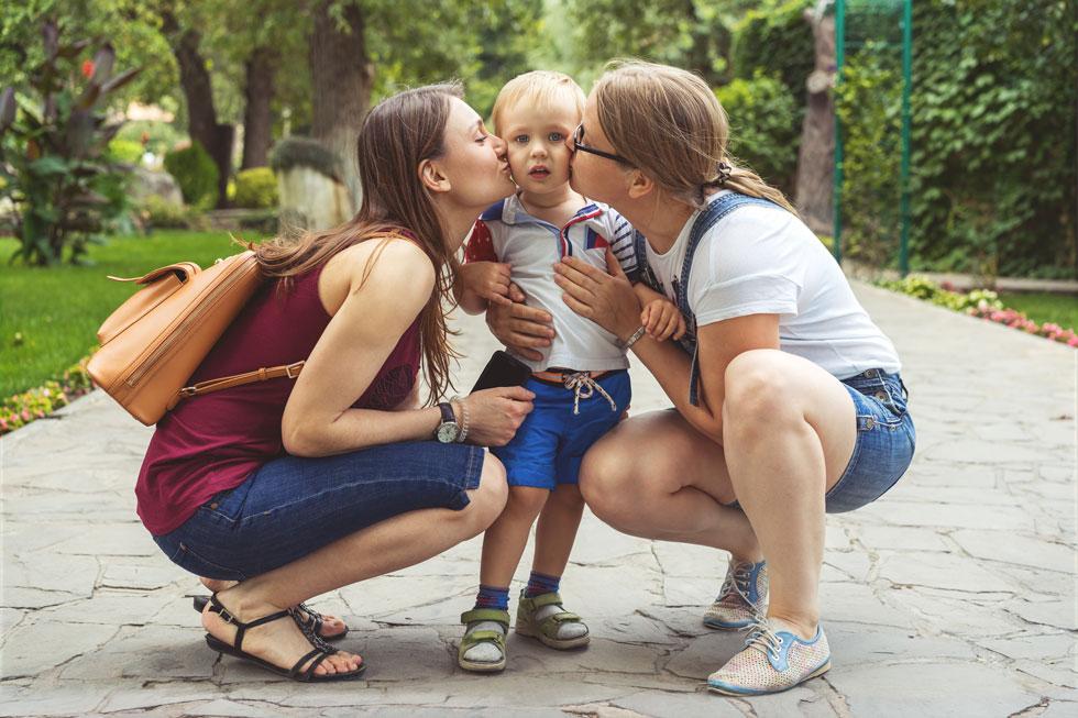 """לחצו על התמונה: """"בת זוגי בגדה בי, עזבה אותי ולא נותנת לי לראות את הילד שגידלתי"""" (צילום: Shutterstock)"""