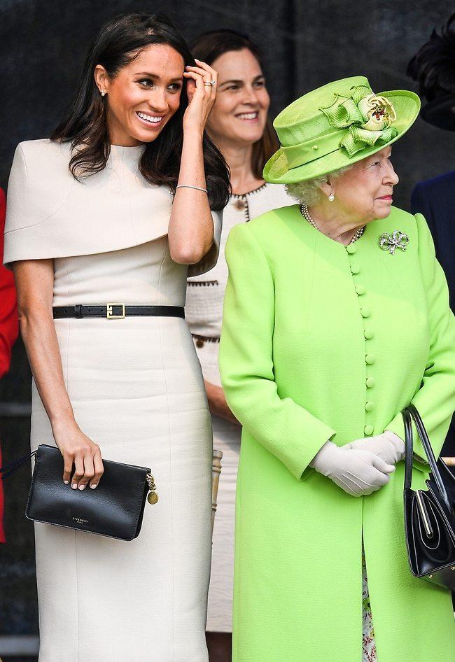 פעם, לפני שמייגן התחילה להגזים. מרקל, המלכה אליזבת' וסמנת'ה כהן (צילום: Gettyimages)